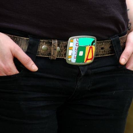 License plate metal mosaic belt buckle on model